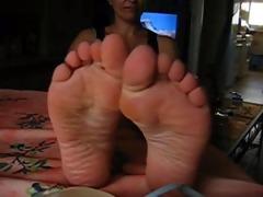 feet off